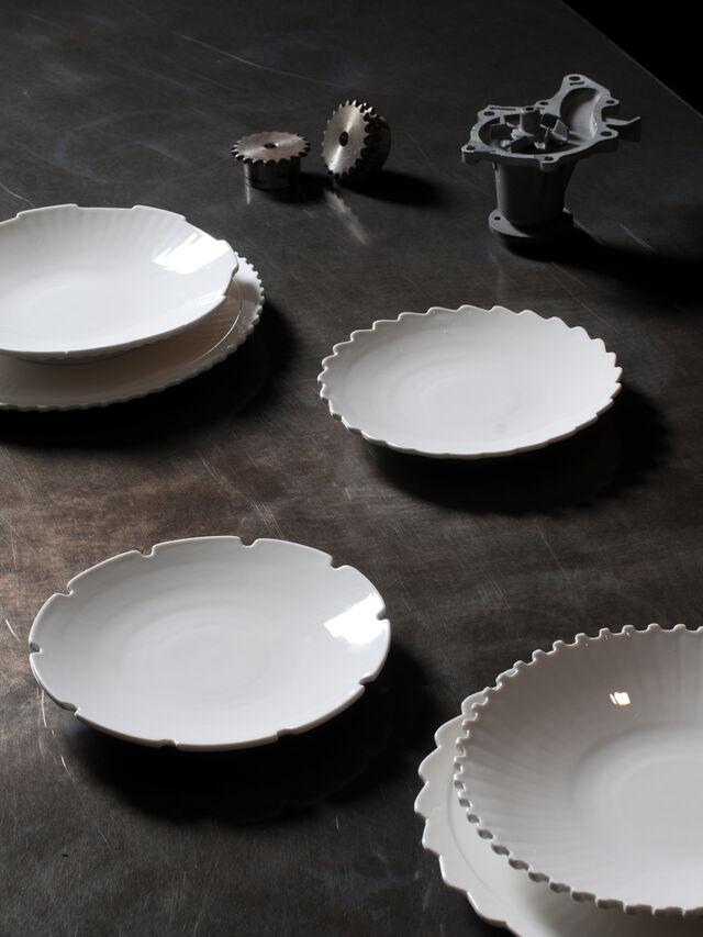 Living 10988 MACHINE COLLEC, White - Plates - Image 3