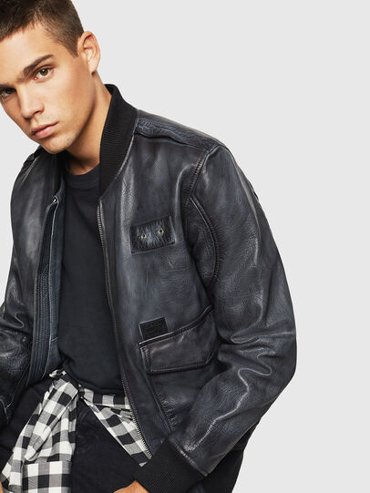 Diesel - L-OIUKI, Black - Leather jackets - Image 4