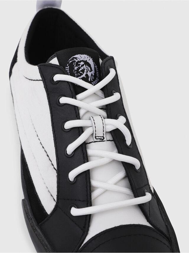 Diesel - D-VELOWS LOW PATCH, Black/White - Sneakers - Image 4