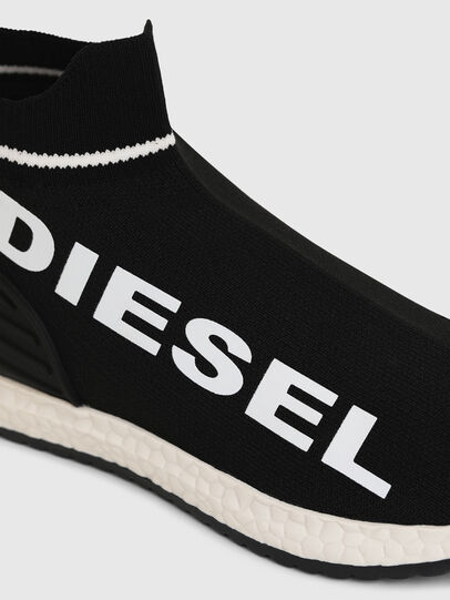 Diesel - SLIP ON 03 LOW SOCK, Black - Footwear - Image 4