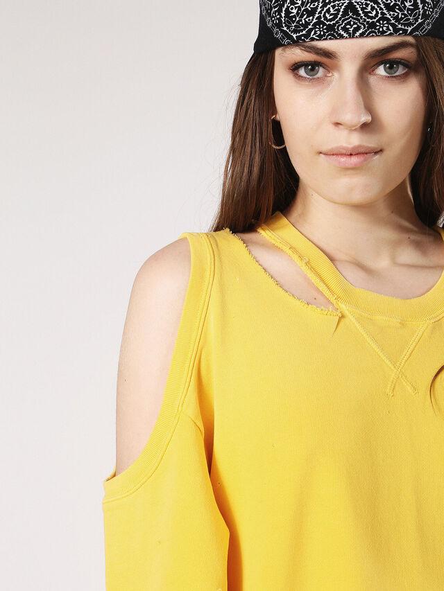 D-CARLI, Yellow