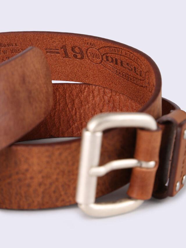 B-DREW, Brown