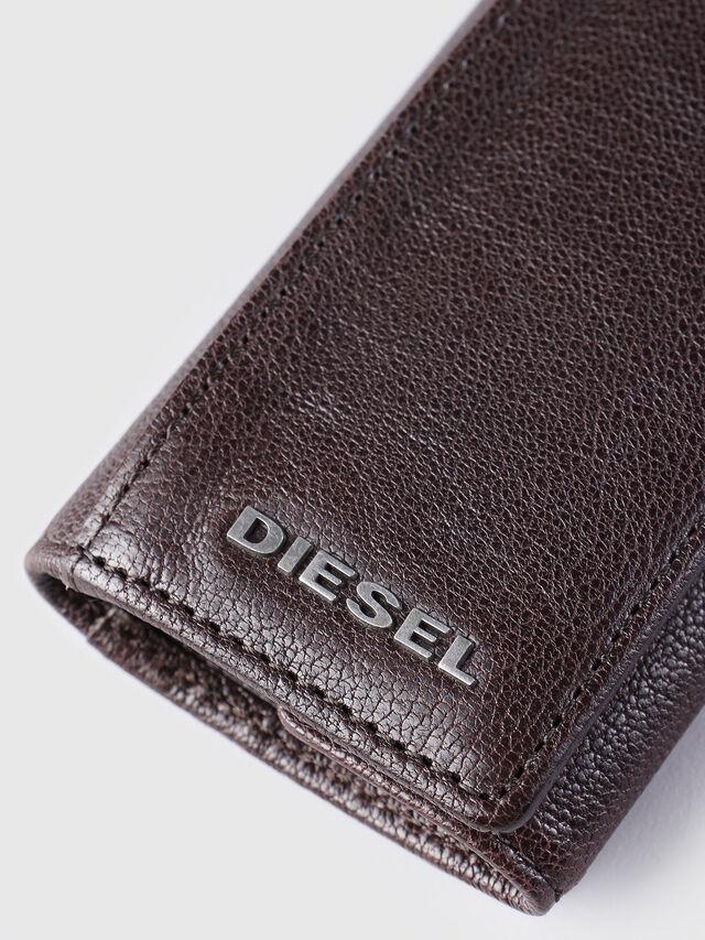 Diesel KEYCASE O, Brown - Bijoux and Gadgets - Image 3