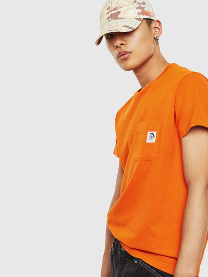 Diesel - T-WORKY-MOHI-S1, Orange - T-Shirts - Image 4